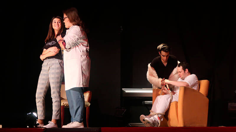 CEU Teatro: personal growth through  drama